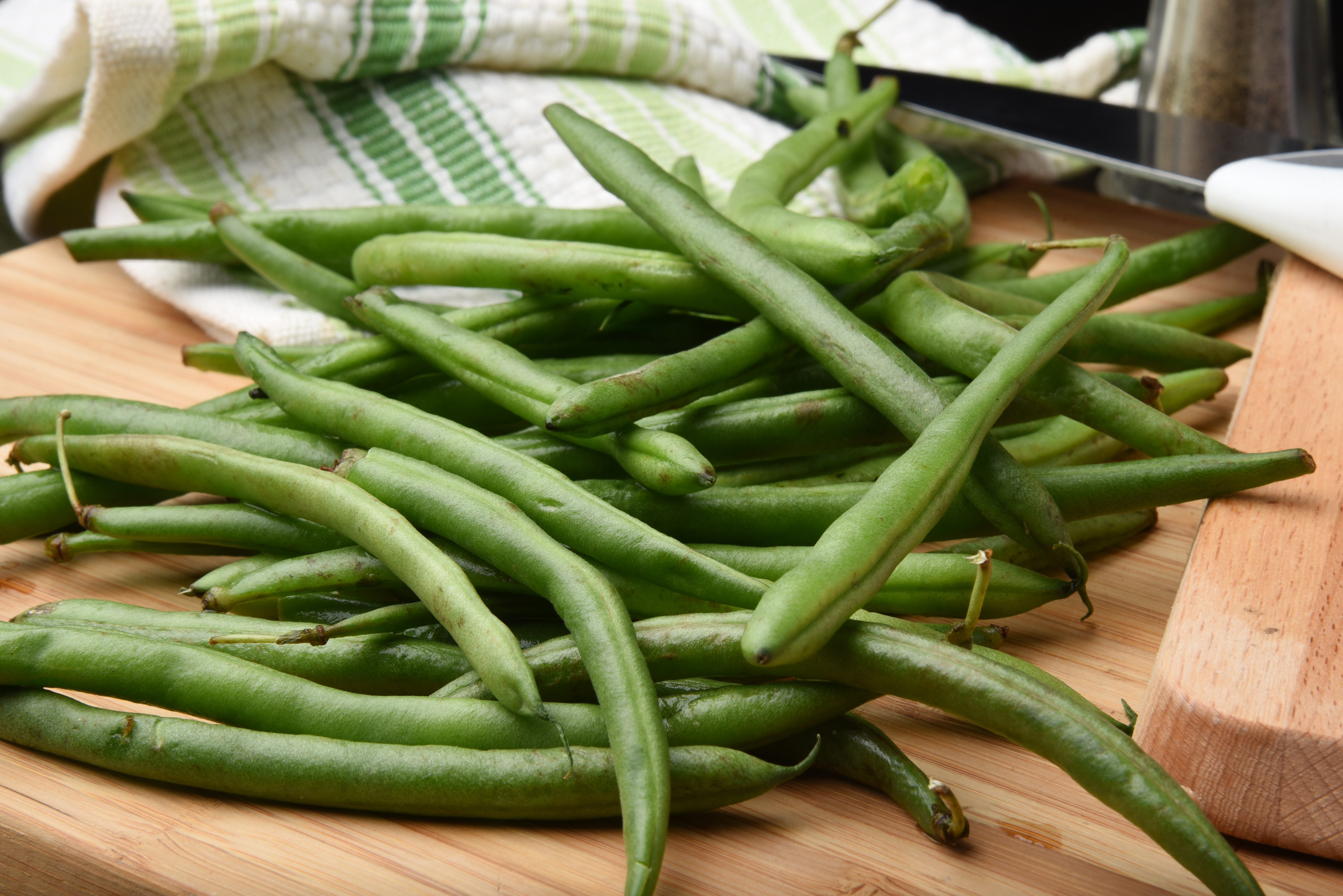 Roasted Green Beans: Quick, Easy and Delicious - LottaVeg
