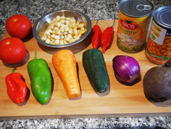 Easy Garden Salad Prep 3