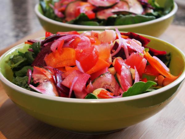 Easy Garden Salad Prep 7